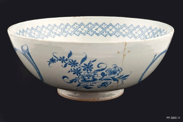 Image of a blue and white delftware punch bowl