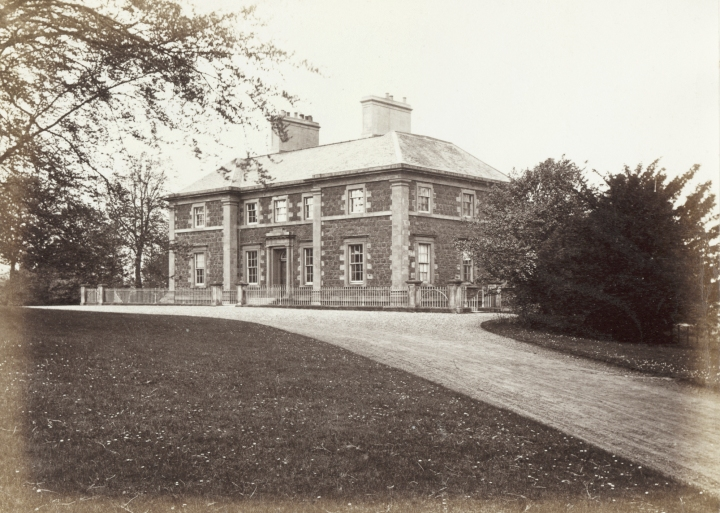 A photograph of Cathkin House taken around 1870